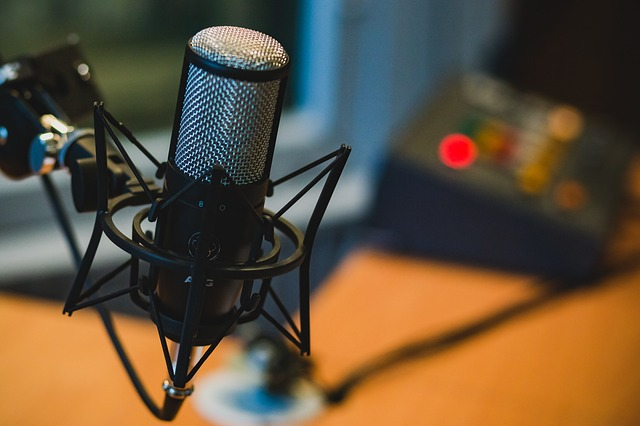 Business Podcast_640.jpg